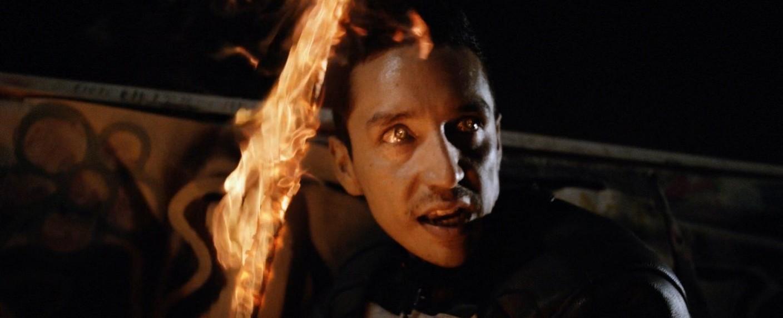 """Gabriel Luna transformiert bei """"Marvel's Agents of S.H.I.E.L.D."""" von Robbie Reyes in den """"Ghost Rider"""" – Bild: ABC/Marvel TV Studios"""