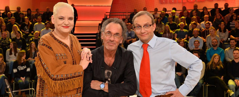 """""""Genial daneben"""" mit Hella von Sinnen, Hugo Egon Balder und Wigald Boning – Bild: Sat.1/Willi Weber"""