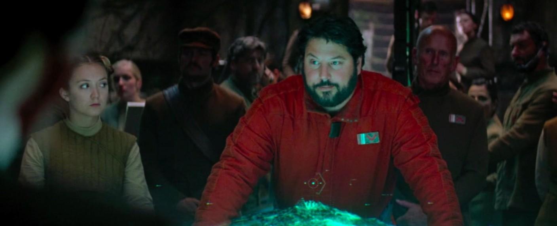 """Greg Grunberg als """"Snap"""" Wexley in """"Das Erwachen der Macht"""" (links: Carrie Fishers Tochter Billie Lourd) – Bild: Lucasfilm"""