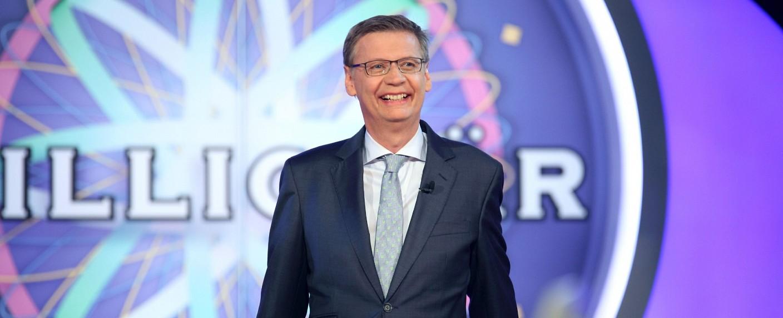 """Günther Jauch präsentiert """"Wer wird Millionär?"""" – Bild: RTL/Frank Hempel"""