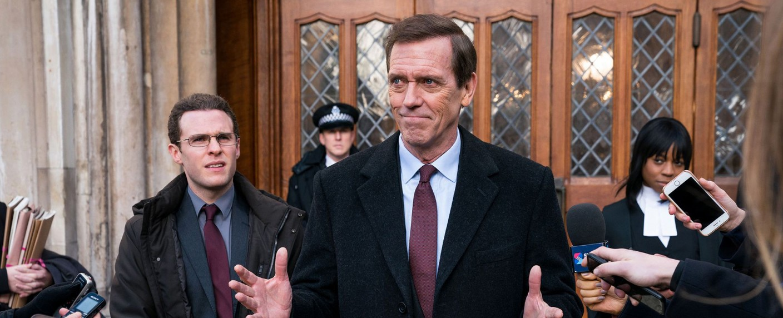 "Hugh Laurie in ""Roadkill"" – Bild: BBC"