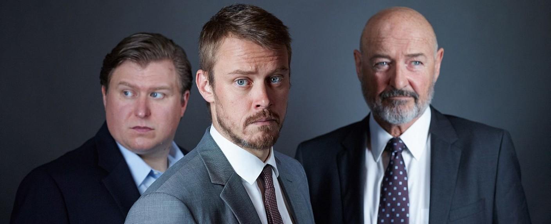 "Im neuen Serienpiloten ""American Patriot"" haben Michael Chernus, Michael Dorman und Terry O'Quinn Hauptrollen. – Bild: Amazon Studios"