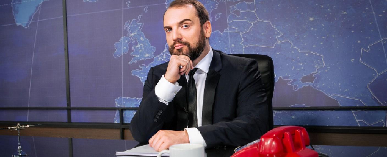 "Ingmar Stadelmann präsentiert ""CC:N – Comedy Central News"" – Bild: Comedy Central/Jasmina Striga"