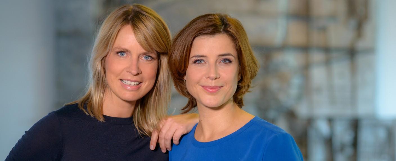 """Jessy Wellmer und Eva-Maria Lemke moderieren """"Hier spricht Berlin"""" – Bild: rbb/Thomas Ernst"""