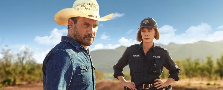 "Aaron Pedersen und Judy Davis in ""Mystery Road"" – Bild: The Australian Broadcasting Corporation (ABC)"