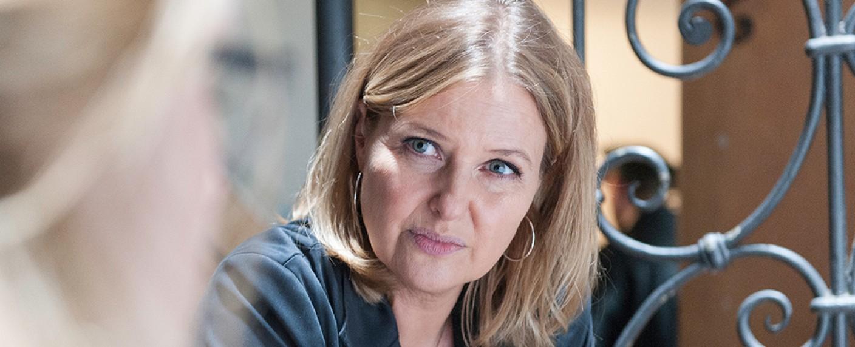 """Katharina Böhm als Hauptkommissarin Vera Lanz in """"Die Chefin"""" – Bild: ZDF / Michael Marhoffer"""