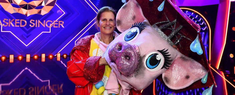 """Katrin Müller-Hohenstein war das Schwein bei """"The Masked Singer"""" – Bild: ProSieben/Willi Weber"""
