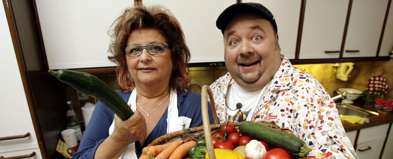 Kochspaß mit Dirk Bach und seinem Gast Joy Fleming – Bild: T&T für Pro