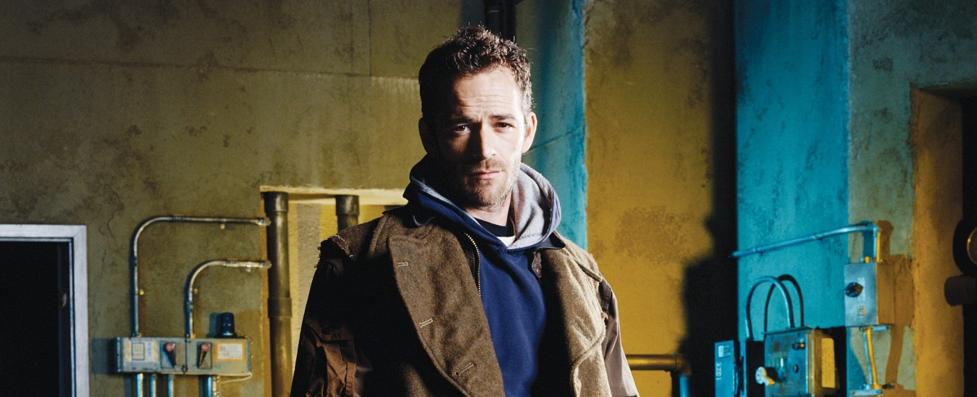"""Luke Perry in der Titelrolle in """"Jeremiah"""" – Bild: MG RTL D / © 2001 MGM GLOBAL HOLDINGS INC. All Rights Reserved."""