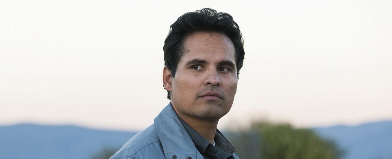 """Michael Peña als Kiki Camarena in """"Narcos: Mexico"""" – Bild: Carlos Somonte/Netflix"""