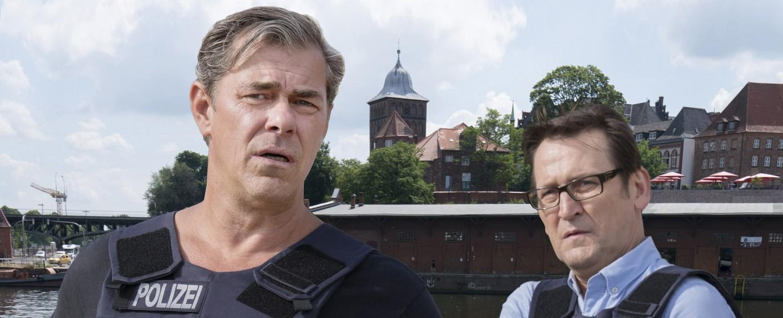 """""""Morden im Norden"""" mit Sven Martinek (l.) und Ingo Naujoks (r.) – Bild: ARD/Georges Pauly"""