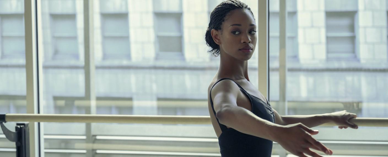 Neu an der Archer School of Ballet: Neveah (Kyle Jefferson) – Bild: Netflix