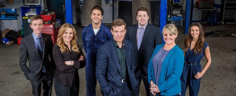 """Der Cast der ersten Staffel von """"Ordinary Lies"""" – Bild: BBC"""