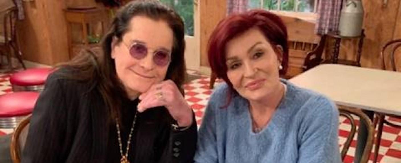 """Ozzy und Sharon Osbourne in der Lunchbox der """"Conners"""" – Bild: ABC"""