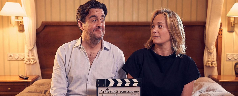 Gibt es ein Happy-End für Bastian (Bastian Pastewka) und Anne (Sonsee Neu)? – Bild: 2019 BRAINPOOL TV GmbH