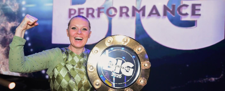 """Patricia Kelly (als Adele) ging als Siegerin der RTL-Show """"Big Performance"""" hervor – Bild: TVNOW/Steffen Z Wolff"""