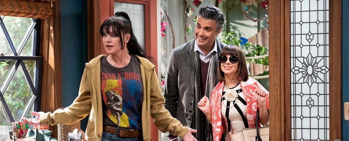"Pauley Perrette in ""Broke"" – Bild: Sonja Flemming/CBS"