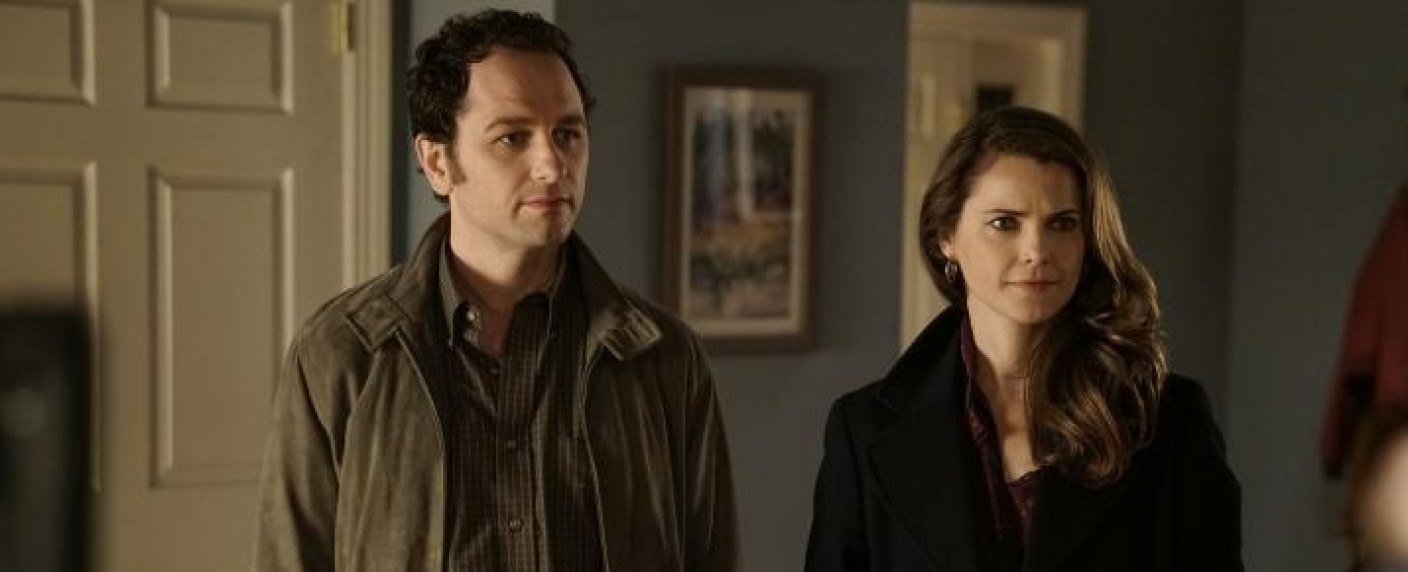 """Philip (Matthew Rhys, l.) und Elizabeth (Keri Russell, r.) in """"The Americans"""" – Bild: 2017 Fox and its related entities. All rights reserved."""