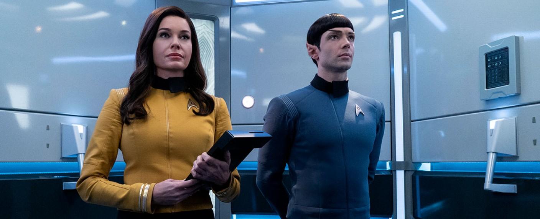 """Rebecca Romjin als Number One und Ethan Peck als Mr. Spock in einem neuen """"Short Trek"""" – Bild: CBS All Access"""