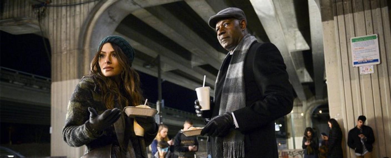 """""""Reverie"""": Mentor Charlie Ventana (Dennis Haysbert) und Mara (Sarah Shahi) – Bild: NBC"""