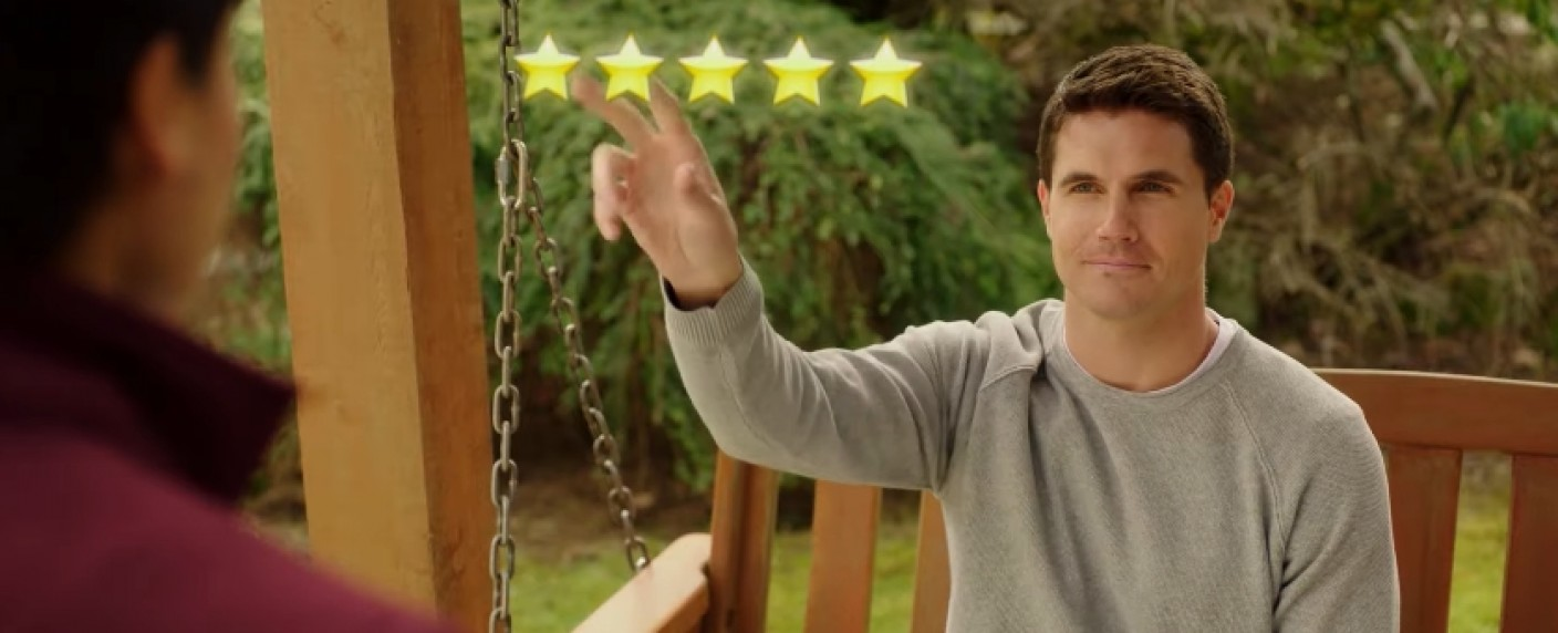 "Robbie Amell in ""Upload"" – Bild: Prime Video"