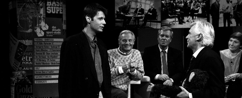 """Ehemalige """"sportstudio""""-Moderatoren unter sich: Günther Jauch, Harry Valérien, Wim Thoelke, Dieter Kürten, Carmen Thomas – Bild: ZDF/Renate Schäfer"""