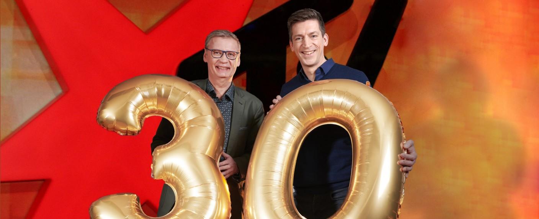 """Der ehemalige und der aktuelle Moderator von """"stern TV"""": Günther Jauch (l.) und Steffen Hallaschka – Bild: TVNOW/Ruprecht Stempell"""
