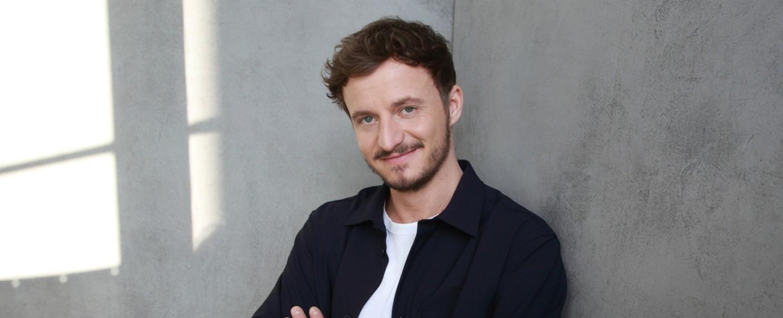 """""""Studio Schmitt"""" mit Tommi Schmitt auf ZDFneo – Bild: ZDF/Joachim Gern"""