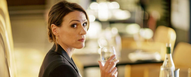 """Suranne Jones ist """"Doctor Foster"""" – Bild: BBC"""