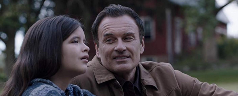 """Tali (YaYa Gosselin) mit Vater Jess (Julian McMahon) in """"FBI: Most Wanted"""" – Bild: CBS"""