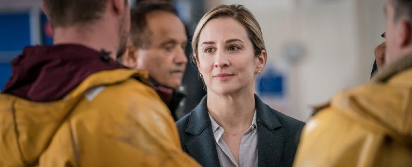 """The Bay"": Morven Christie als Ermittlerin Lisa Armstrong – Bild: Tall Story Pictures 2019/Ben Blackall"