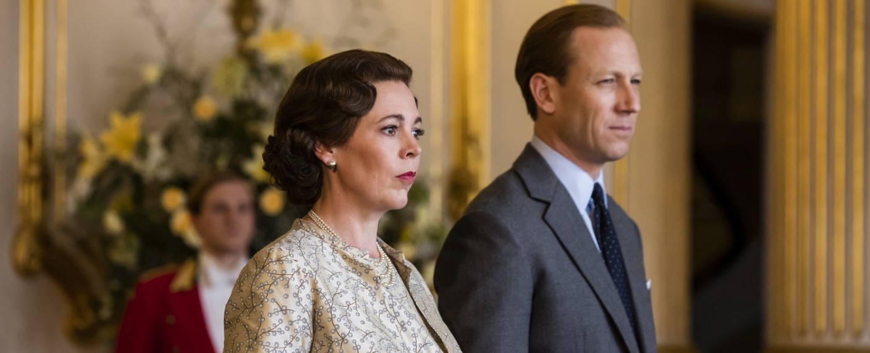 """The Crown"": Elisabeth (Olivia Colman) mit Philip (Tobias Menzies) – Bild: Sophie Mutevelian/Netflix"