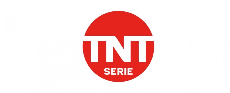 """""""Der Dschungel"""": """"Deutschland 83""""-Produzent macht Miniserie über COVID-19-Ausbruch in Fleischfabrik – Neue Eigenproduktion von TNT Serie – Bild: TNT Serie"""
