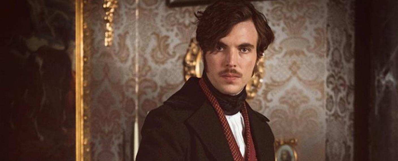 "Tom Hughes in ""Victoria"" – Bild: ITV"