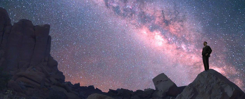 """""""Unser Kosmos"""": Astrophysiker Neil deGrasse Tyson führt durch die Dokureihe – Bild: Seth Reed"""