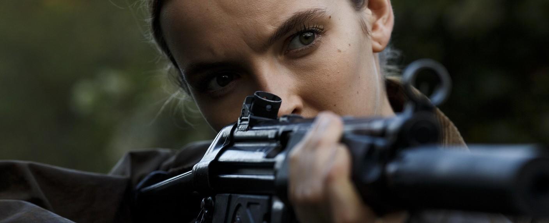 """Villanelle (Jodie Comer) hat Eve Polastri in """"Killing Eve"""" im Visier – Bild: BBC America"""