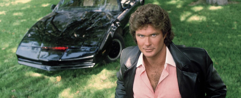 """War beim Publikum beliebt: David Hasselhoff mit KITT in """"Knight Rider"""" – Bild: NBC"""