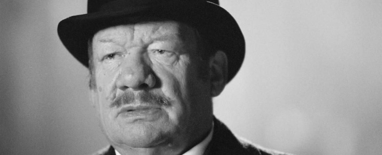 """Wolfgang Völz im Film """"Der Wixxer"""" – Bild: Rat Pack Filmproduktion"""