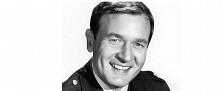 """Bill Daily ist tot: """"Bezaubernde Jeannie""""-Star stirbt mit 91 Jahren – Als Major Roger Healy wurde er bekannt – Bild: NBC/Photofest"""