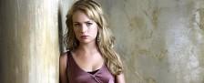 """Britt Robertson (""""Under the Dome"""") übernimmt Hauptrolle in Netflix-Serie """"Girlboss"""" – Junge Außenseiterin wird zur Mode-Ikone – Bild: CBS"""