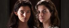 """""""Meine geniale Freundin"""": Empowerment im Armenviertel – Review – MagentaTV präsentiert meisterliche Verfilmung des Bestsellers von Elena Ferrante – Bild: RAI/HBO"""