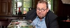 """""""Ottis Aquarium"""": Ottfried Fischers neue Kabarettshow startet am Samstag – Erste Staffel des """"Schlachthof""""-Nachfolgers im Heimatkanal – Bild: Heimatkanal"""