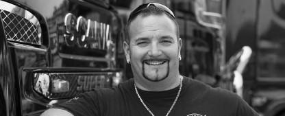 """[UPDATE] """"Asphalt-Cowboy"""" Andreas Schubert im Alter von 42 Jahren verstorben – Plötzlicher Tod des bekannten DMAX-Sendergesichts – Bild: DMAX"""