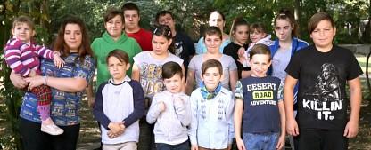 """""""Armes Deutschland – Deine Kinder"""": RTL II beleuchtet Kinderarmut – Neuer Ableger der Sozialreportage – Bild: RTL II"""