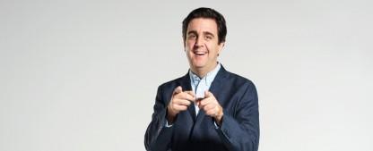 """Bastian Pastewka: """"Wie viel besser unser Fernsehen geworden ist, lässt sich meiner Ansicht nach nicht widerlegen"""" – Interview über """"Der Sommer nach dem Abitur"""", """"Pastewka""""-Ende, """"Wochenshow"""" und """"Morgen hör ich auf"""" – Bild: © 2019 Amazon.com Inc., or its affiliates"""
