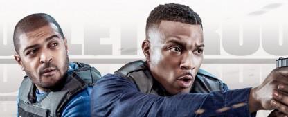 """""""Bulletproof"""": Staffel drei feiert Weltpremiere im Januar – Urlaub von Pike und Bishop in Südafrika nimmt actionreiche Wendung – Bild: Sky (UK)"""