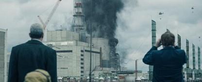 """""""Chernobyl"""": Ein Blick auf menschliche Hybris, der die Kehle zuschnürt – Review – Jared Harris und Emily Watson brillieren in Sky-Miniserie – Bild: Sky"""