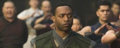 """Chiwetel Ejiofor wird """"Der Mann, der vom Himmel fiel"""" – Moderne Serienadaption von """"Star Trek""""-Macher Alex Kurtzman – Bild: Marvel Studios"""