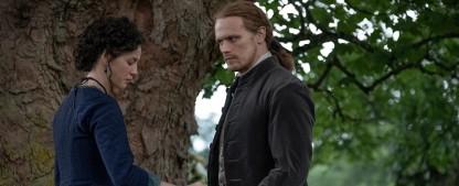 """""""Outlander"""": Spannende Wendungen in der Folge """"Das Testament"""" – Review – Unser Recap zur sechsten Episode der fünften Staffel – Bild: Starz"""