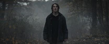 """""""Dark""""-Abschlussstaffel: Netflix-Erfolgsserie verliert sich in multiplen Welten und Zeiten – Review – Zum Start der finalen Staffel der ersten deutschen Netflix-Serie – Bild: Netflix"""